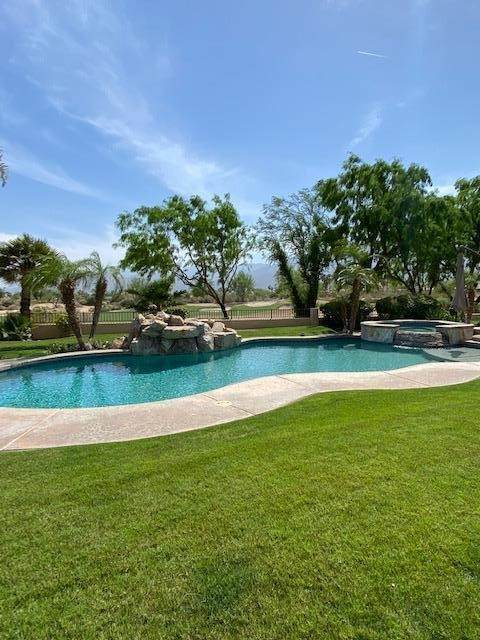 81205 Kingston Heath, La Quinta, CA 92253 (#219063811DA) :: Berkshire Hathaway HomeServices California Properties