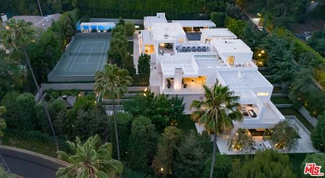 1109 Calle Vista Drive, Beverly Hills, CA 90210 (#21751228) :: Team Tami