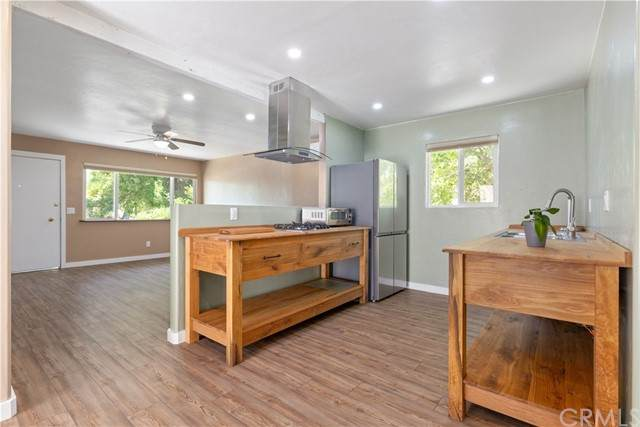 1719 Kings Drive, Paso Robles, CA 93446 (#NS21134362) :: Compass