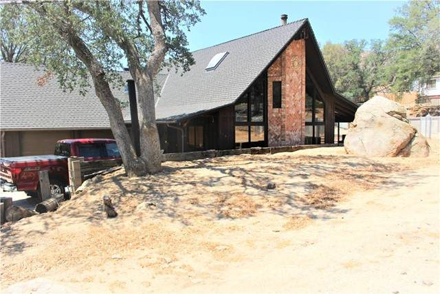 16 S Oak Knoll Lane, Wofford Heights, CA 93285 (#NS21134612) :: RE/MAX Empire Properties