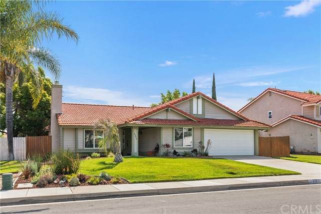 45610 Olympic Way, Temecula, CA 92592 (#SW21131920) :: Holmes Muirhead Team at Reviron Realty