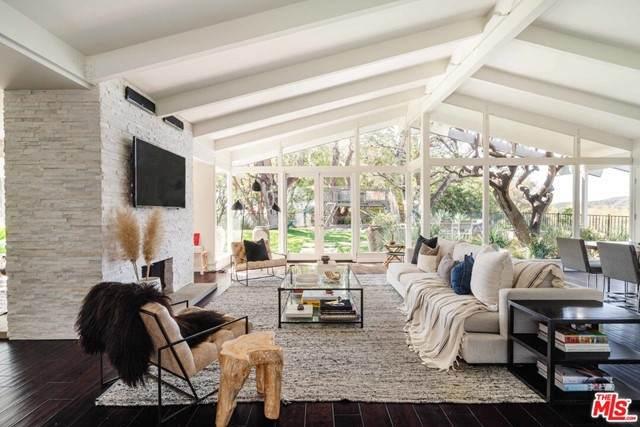 1905 Westridge Terrace, Los Angeles (City), CA 90049 (#21751430) :: The Miller Group