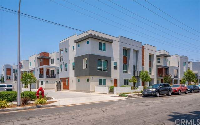 8419 Tweedy Lane, Downey, CA 90240 (#PW21134157) :: Randy Horowitz & Associates