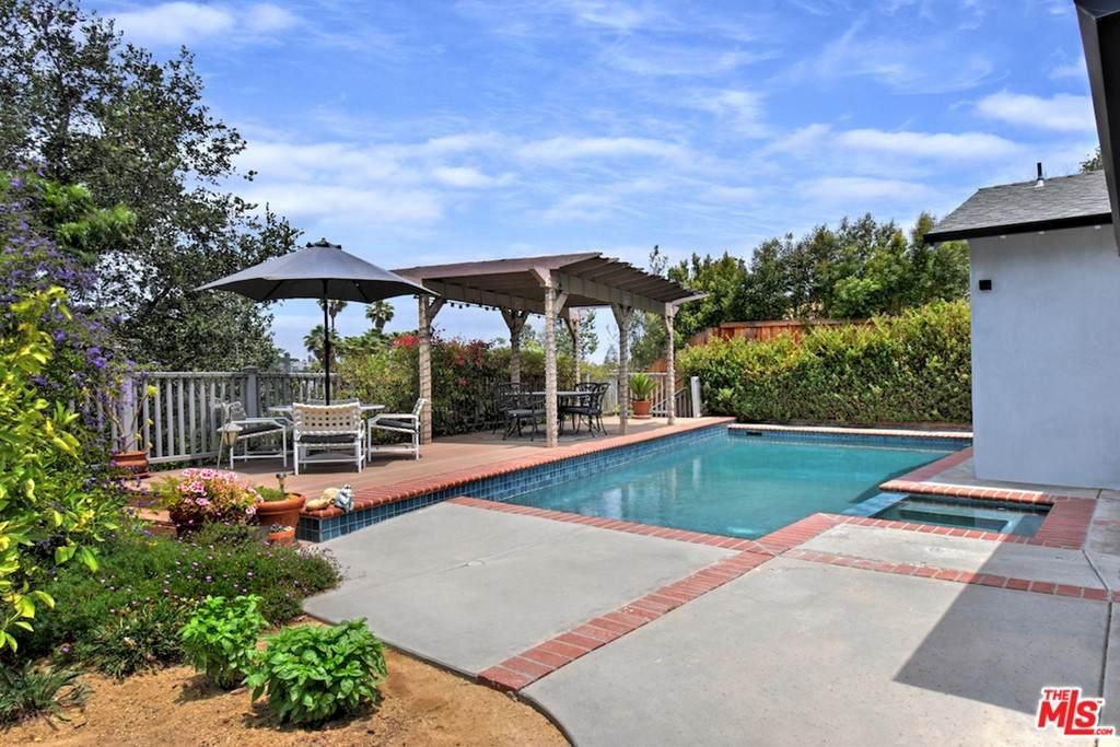 3769 Limestone Place, Sherman Oaks, CA 91403 (#21751400) :: The Houston Team | Compass