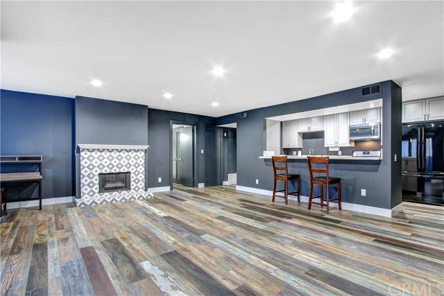 1940 N Highland Avenue #17, Los Angeles (City), CA 90068 (#PW21133220) :: Jett Real Estate Group