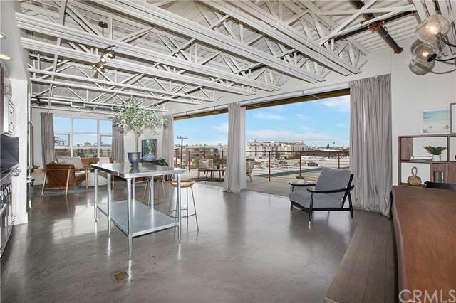 4141 Glencoe Avenue #501, Marina Del Rey, CA 90292 (#OC21135018) :: Mint Real Estate