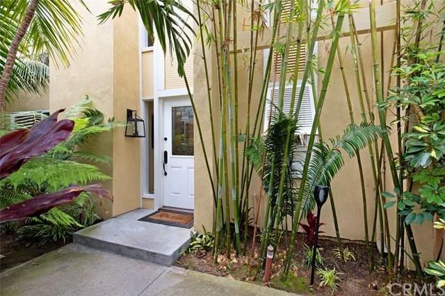 19738 Oceanaire Circle, Huntington Beach, CA 92648 (#OC21134092) :: Berkshire Hathaway HomeServices California Properties