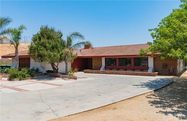 2399 Mountain Avenue, Norco, CA 92860 (#PW21135102) :: Berkshire Hathaway HomeServices California Properties
