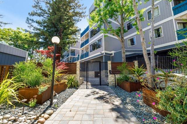725 Mariposa Avenue #207, Mountain View, CA 94041 (#ML81849805) :: The Costantino Group | Cal American Homes and Realty