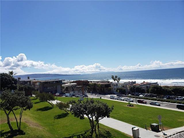 219 27th Street, Manhattan Beach, CA 90266 (#SB21135185) :: The Miller Group