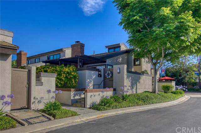 245 Old Ranch Road #7, Seal Beach, CA 90740 (#PW21133881) :: Team Tami