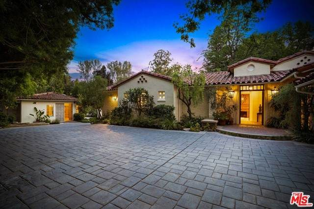 5000 Arundel Drive, Woodland Hills, CA 91364 (#21750890) :: Swack Real Estate Group   Keller Williams Realty Central Coast
