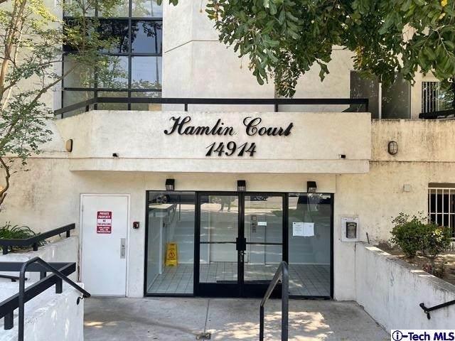 14914 Hamlin Street #209, VN - Van Nuys, CA 91411 (#320006586) :: Team Tami