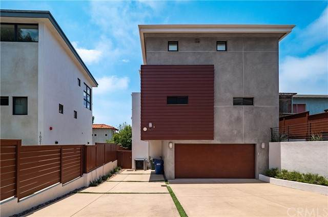 1629 Golden Avenue, Hermosa Beach, CA 90254 (#SB21133129) :: Team Tami