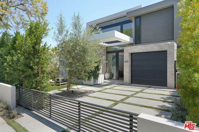 8724 Rangely Avenue, West Hollywood, CA 90048 (#21750416) :: Mint Real Estate