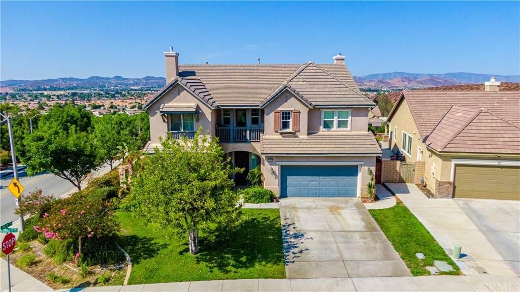 28835 Sherborn Court, Menifee, CA 92584 (#SW21135431) :: First Team Real Estate