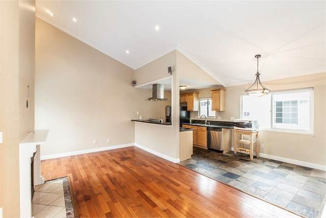 7342 Garfield Avenue B, Huntington Beach, CA 92648 (#OC21135758) :: Mint Real Estate