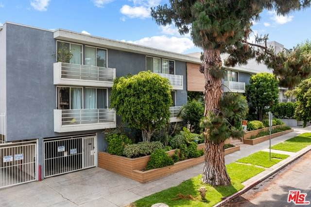2223 S Bentley Avenue #107, Los Angeles (City), CA 90064 (#21750790) :: American Real Estate List & Sell
