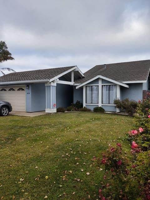 624 Surrey Way, Salinas, CA 93905 (MLS #ML81850294) :: CARLILE Realty & Lending