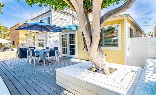 725 Kennebeck Court, San Diego, CA 92109 (#IV21136060) :: American Real Estate List & Sell