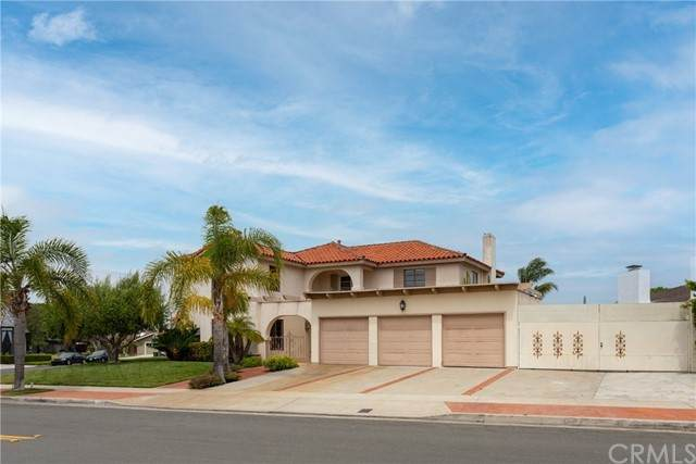 1305 Antigua Way, Newport Beach, CA 92660 (#NP21136020) :: Zutila, Inc.