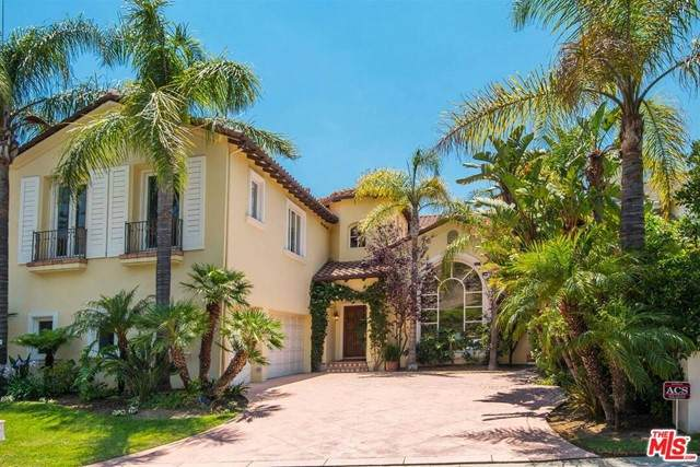 16724 Via Pacifica, Pacific Palisades, CA 90272 (#21752260) :: The Miller Group