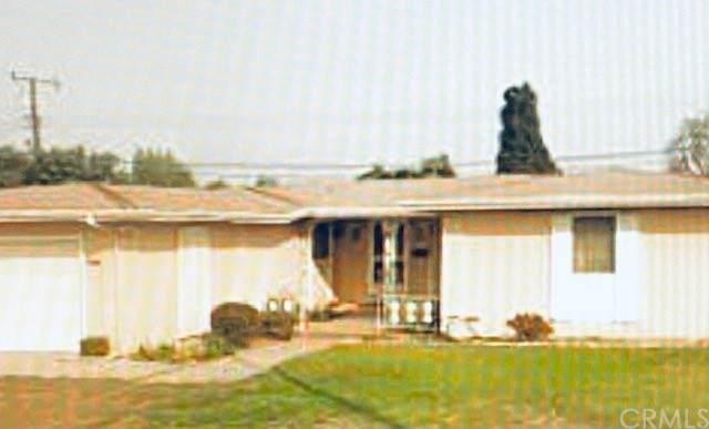 9551 Harriet Lane, Anaheim, CA 92804 (#SW21136176) :: Zutila, Inc.