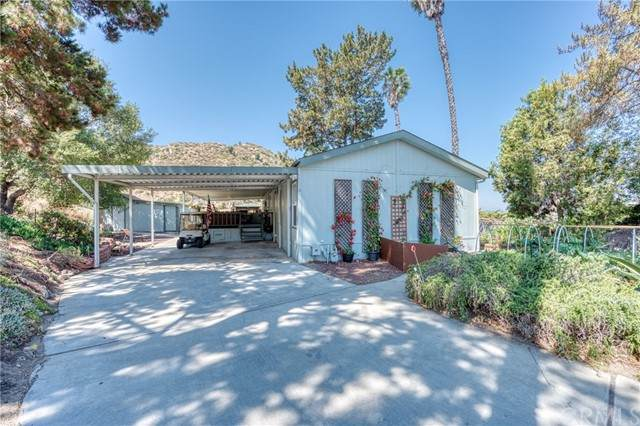 4650 Dulin Road #206, Fallbrook, CA 92028 (#OC21135277) :: Compass
