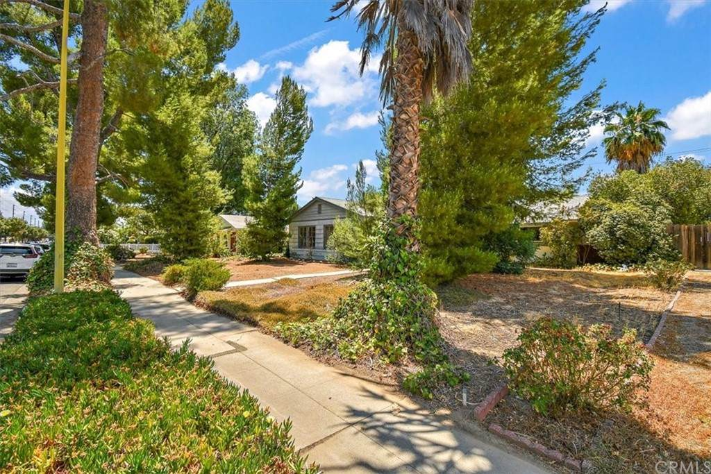 23032 Saticoy Street, West Hills, CA 91304 (#PW21134105) :: Swack Real Estate Group | Keller Williams Realty Central Coast