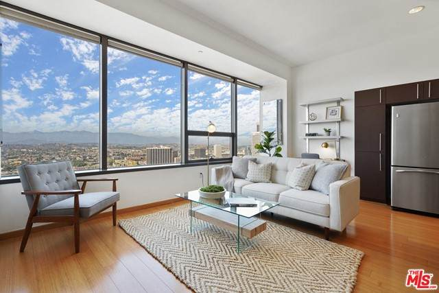 1100 Wilshire Boulevard #3003, Los Angeles (City), CA 90017 (#21752038) :: The Miller Group