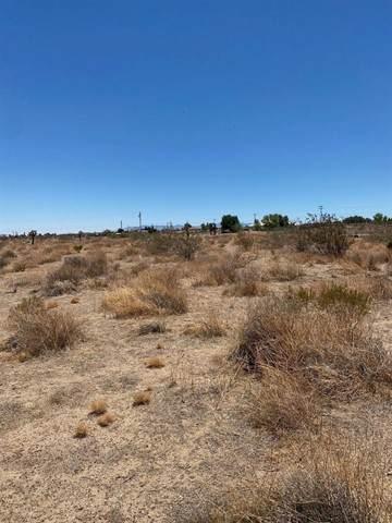 0 La Mirada Road, Phelan, CA 92371 (#536489) :: Mint Real Estate
