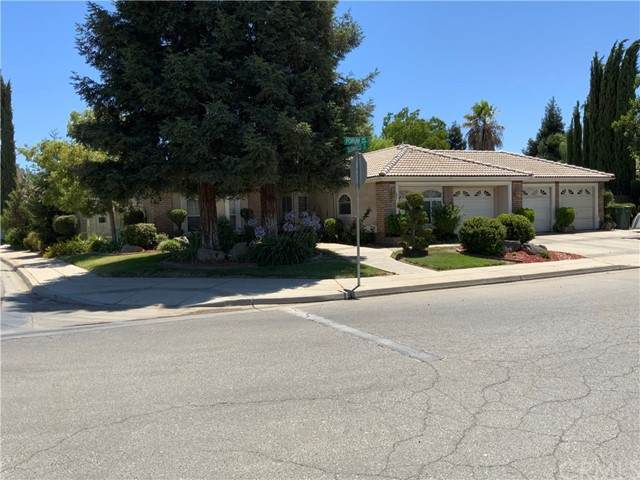3224 Forum Way, Madera, CA 93637 (#MD21136397) :: Swack Real Estate Group | Keller Williams Realty Central Coast