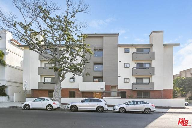 1250 Amherst Avenue #206, Los Angeles (City), CA 90025 (#21752334) :: Swack Real Estate Group | Keller Williams Realty Central Coast
