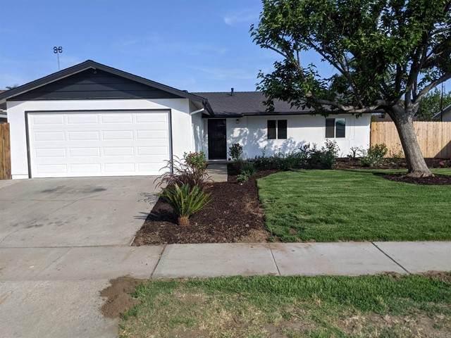 2215 E Washington Avenue, Escondido, CA 92027 (#NDP2107251) :: The Costantino Group | Cal American Homes and Realty