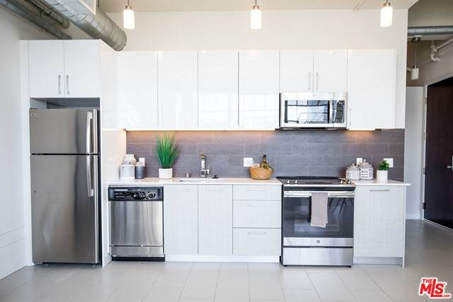 939 S Broadway #710, Los Angeles (City), CA 90015 (#21752504) :: The Miller Group
