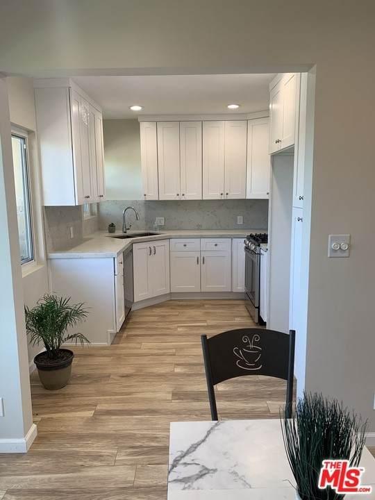 1046 N Normandie Avenue #8, Los Angeles (City), CA 90029 (#21750326) :: Jett Real Estate Group