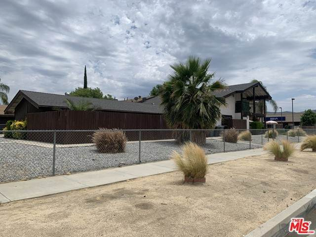 4111 Trevor Lane, Hemet, CA 92544 (#21752714) :: The Costantino Group   Cal American Homes and Realty