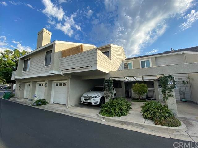 391 Deerfield Avenue #79, Irvine, CA 92606 (#TR21136885) :: The Miller Group