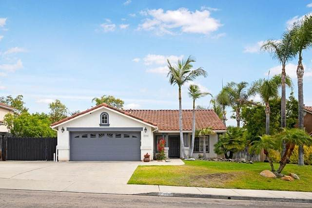 286 Glendale Avenue, San Marcos, CA 92069 (#210017491) :: eXp Realty of California Inc.