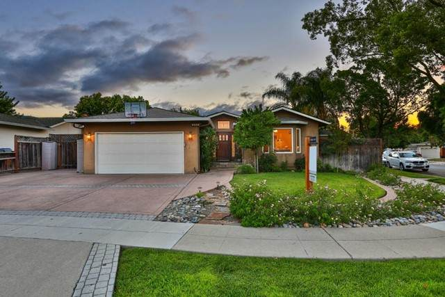 6329 Farm Hill Way, San Jose, CA 95120 (#ML81849777) :: Wendy Rich-Soto and Associates