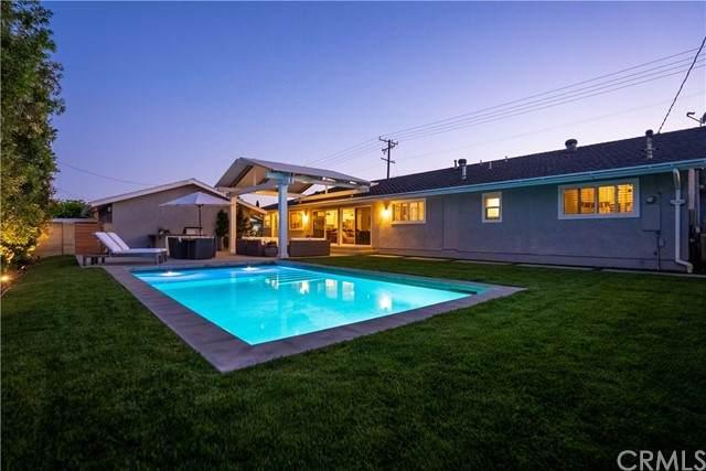 13672 Prospect Avenue, North Tustin, CA 92705 (#PW21136192) :: Hart Coastal Group