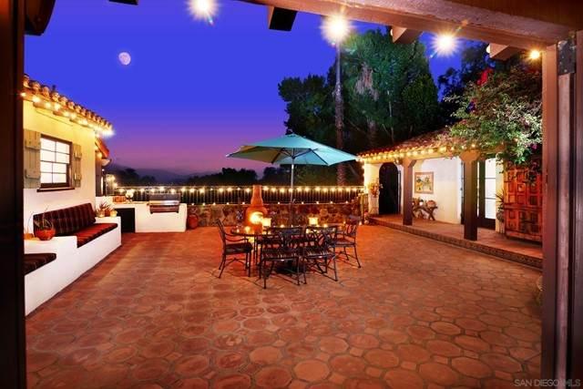 10807 Dutton Drive, La Mesa, CA 91941 (#210017509) :: Wendy Rich-Soto and Associates