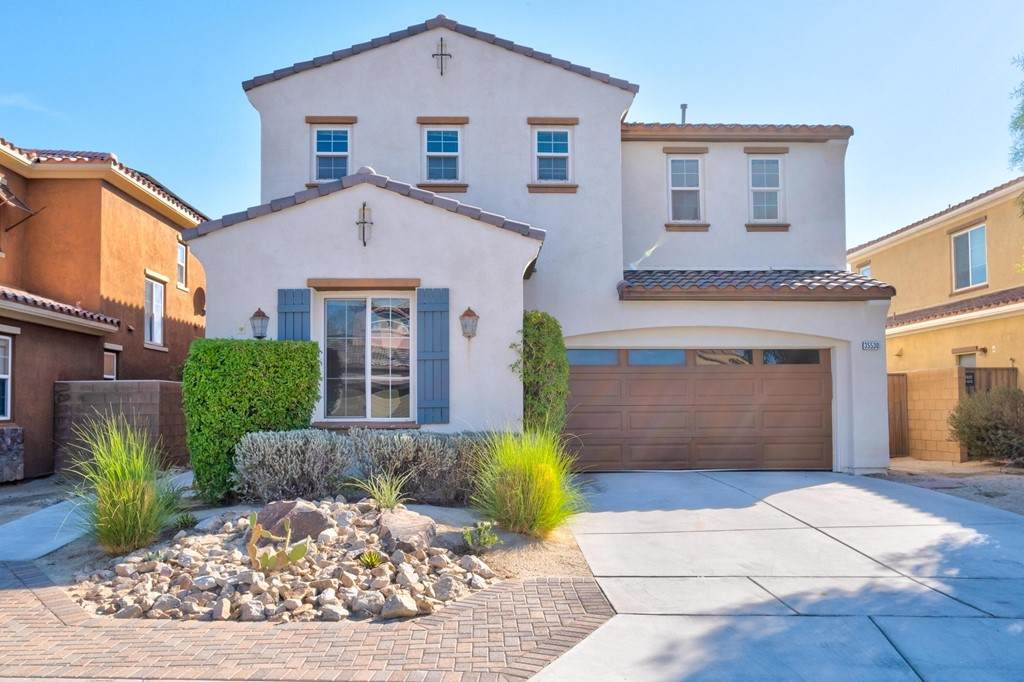 35530 Domani Drive, Palm Desert, CA 92211 (#219063972PS) :: Robyn Icenhower & Associates