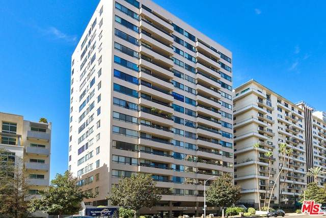10551 Wilshire Boulevard #1704, Los Angeles (City), CA 90024 (#21751692) :: Jett Real Estate Group