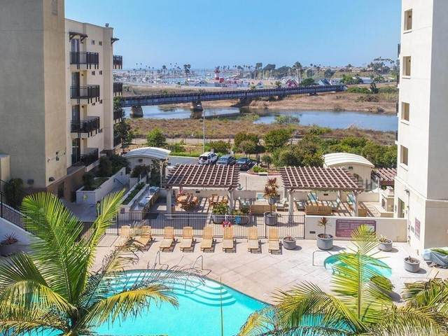 1019 Costa Pacifica Way #1310, Oceanside, CA 92054 (#NDP2107329) :: eXp Realty of California Inc.
