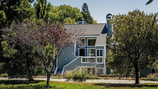 711 Portwalk Place, Redwood City, CA 94065 (#ML81850932) :: The Costantino Group | Cal American Homes and Realty