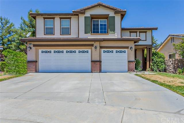 34288 Oakwood Place, Yucaipa, CA 92399 (#IV21139434) :: McKee Real Estate Group Powered By Realty Masters & Associates
