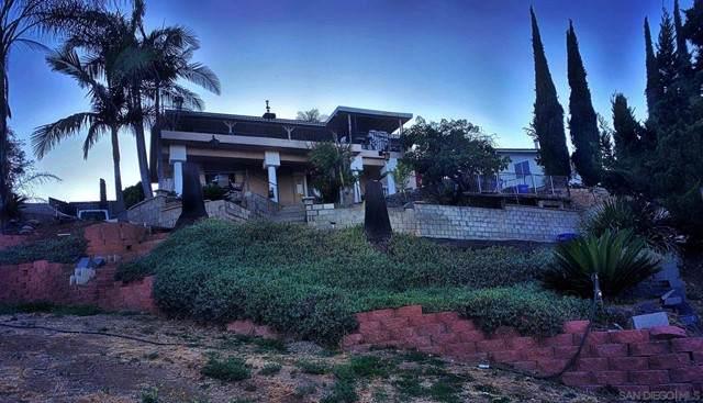 1255 Calavo, Escondido, CA 92026 (#210017890) :: The Kohler Group