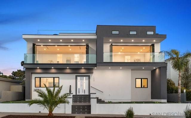 1059 Alexandria Dr, San Diego, CA 92107 (#210017903) :: Jett Real Estate Group