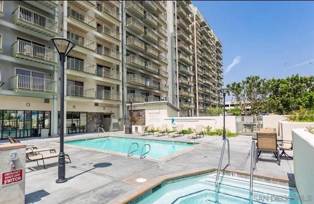 801 National City Blvd #913, National City, CA 91950 (#210018043) :: Mark Nazzal Real Estate Group